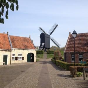 Hollänska Bourtagne- en pietetsfull turistfälla